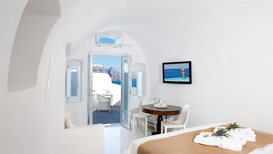 Canaves-Oia-Suites-3