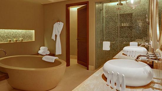 Les plus beaux hotels du monde for Salle de bain hotel 5 etoiles