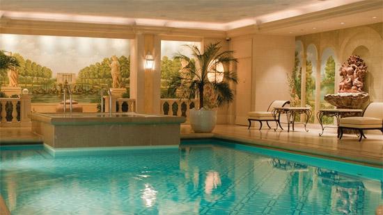 plus bel hotel paris les plus beaux h tels du monde. Black Bedroom Furniture Sets. Home Design Ideas