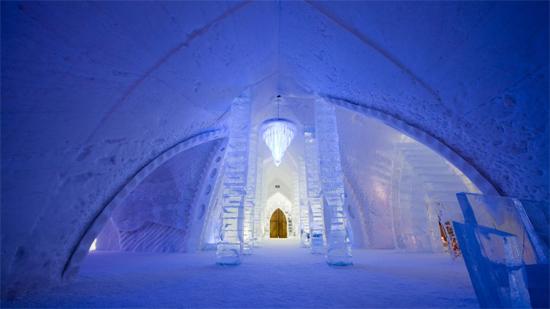 hotel-de-glace-canada-1.jpg