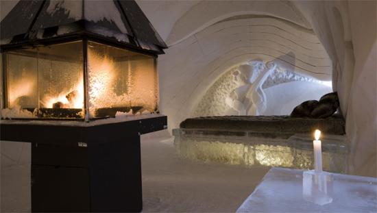 hotel-de-glace-canada-2.jpg