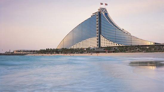 jumeirah-beach-hotel-1.jpg