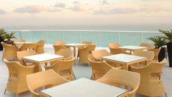 jumeirah-beach-hotel-4.jpg