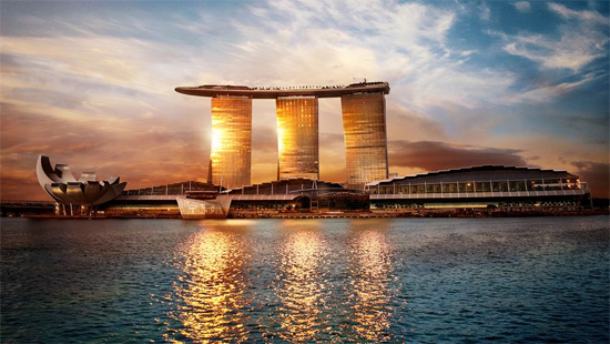 Les plus beaux hotels du monde hotels de luxe guide de for Singapour marina bay sands piscine