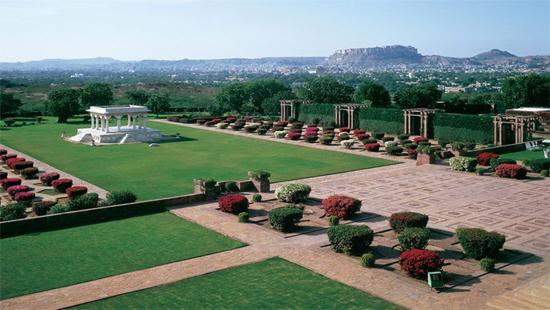 umaid-bhawan-palace-4.jpg